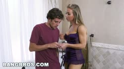 BANGBROS - Bath Time with Big Tits MILF Nicole Aniston (bbc16015)